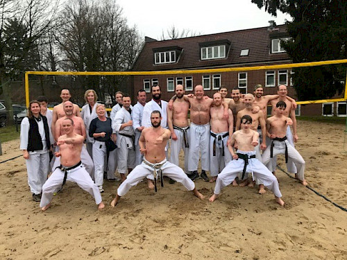 Kangeiko - Traditionelles Karate Outdoor Training im Walddörfer SV